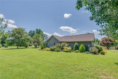 464 MARK FREEMAN RD, Hendersonville, NC 28792 - Photo 1