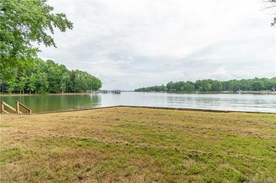 101 WYNWARD LN, Mooresville, NC 28117 - Photo 2