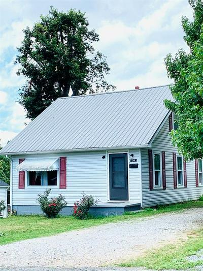 34 CARROLL ST, Marion, NC 28752 - Photo 2