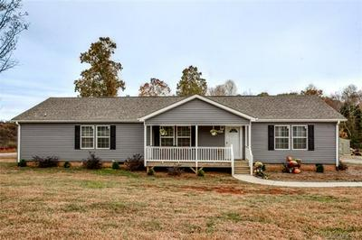 6451 LITTLE MOUNTAIN RD, SHERRILLS FORD, NC 28673 - Photo 1