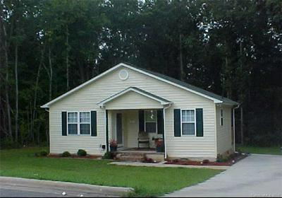 1037 LINCOLN ST, Lincolnton, NC 28092 - Photo 1