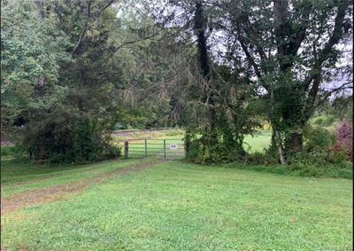 000 HUNTERS GLEN LANE, Hendersonville, NC 28792 - Photo 1