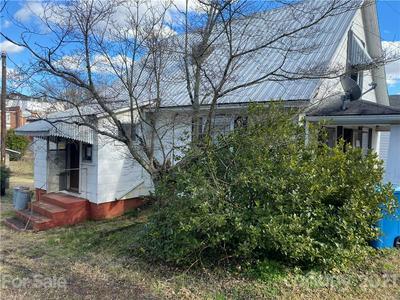 220 JOHNSON ST, Salisbury, NC 28144 - Photo 2