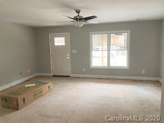 216 BRENTWOOD DR, MAIDEN, NC 28650 - Photo 2