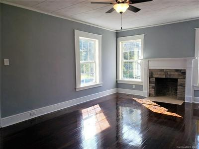 320 GOLD ST, Shelby, NC 28150 - Photo 2