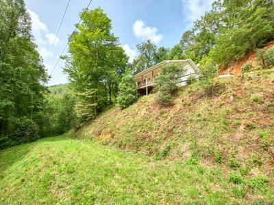 180 RUNNING WATER CIR, Sylva, NC 28779 - Photo 2