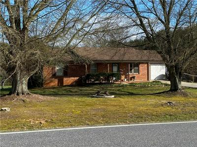 3680 PROVIDENCE MILL RD, MAIDEN, NC 28650 - Photo 1