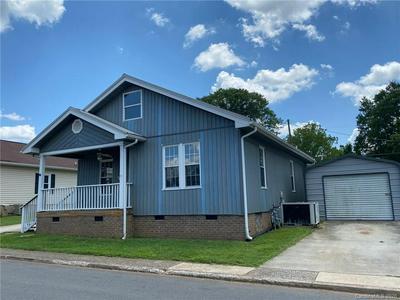 425 WOODLAWN AVE, Cramerton, NC 28032 - Photo 2