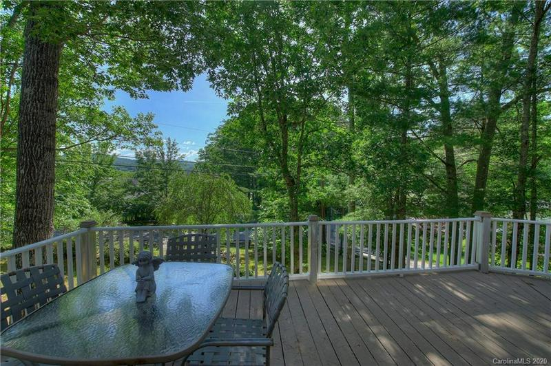 24 PINE VALLEY DR, Spruce Pine, NC 28777   MLS# 3635516 ...
