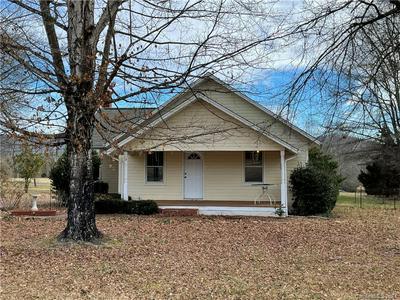 451 CEDAR WOODS RD, Taylorsville, NC 28681 - Photo 2