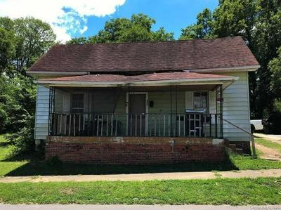 905 WILMOUTH ST, Shelby, NC 28152 - Photo 2