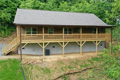 354 SHADYSIDE DR, Waynesville, NC 28785 - Photo 2