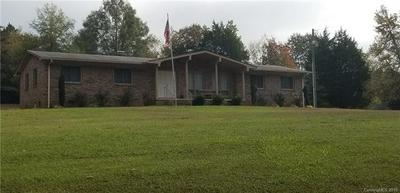 160 COUNTRY CLUB DR, Troy, NC 27371 - Photo 2