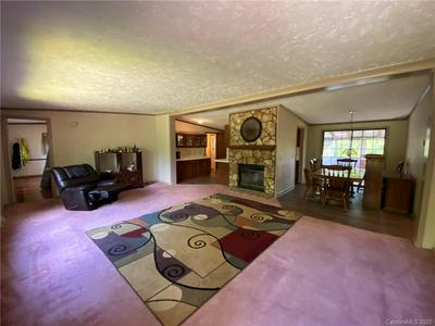 46 IDLEWOOD DR, Marion, NC 28752 - Photo 2