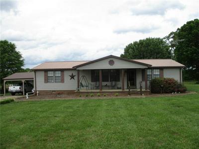 1637 TAYLORSVILLE MFG RD, Taylorsville, NC 28681 - Photo 2