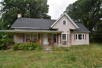 155 BEAN AVE, Hudson, NC 28638 - Photo 2