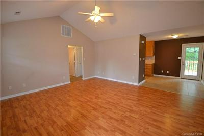 112 DUNDEE CT, Maiden, NC 28650 - Photo 2
