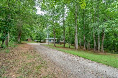297 FALCONVIEW RD, Lincolnton, NC 28092 - Photo 2