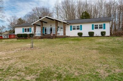 1121 HERMAN RD, Taylorsville, NC 28681 - Photo 2