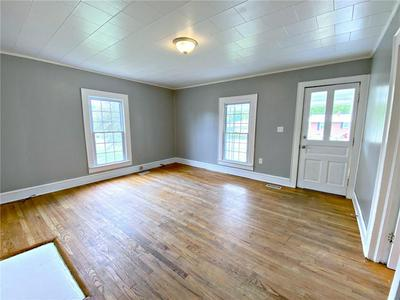 110 N 9TH AVE, Maiden, NC 28650 - Photo 2