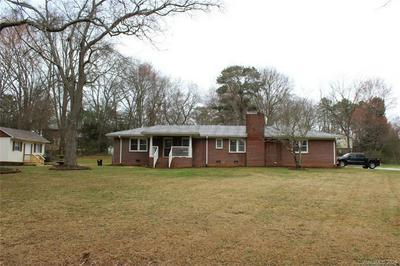 129 ROSECREST RD, Spartanburg, SC 29303 - Photo 1