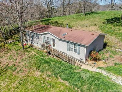 261 HUFFMAN RD, CLYDE, NC 28721 - Photo 1