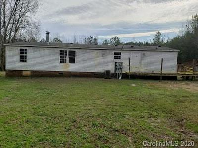 1621 SHELBY HWY, Blacksburg, SC 29702 - Photo 2