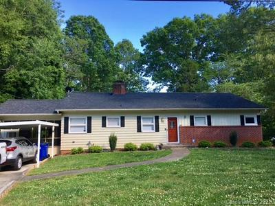 176 FREEMAN ST, Rutherfordton, NC 28139 - Photo 1