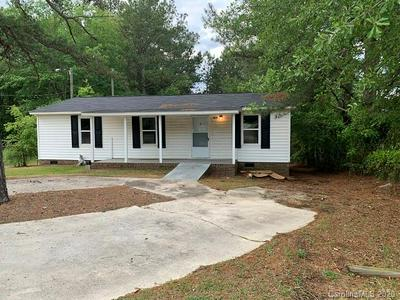 404 W SEWELL ST, Pageland, SC 29728 - Photo 1