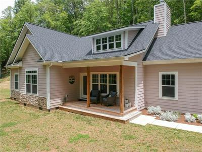 26 MICHELLE LN, Leicester, NC 28748 - Photo 2
