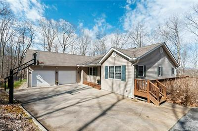 1030 REDFIELD DR, CLYDE, NC 28721 - Photo 2