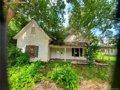 196 HENRIETTA ST, Ellenboro, NC 28040 - Photo 1