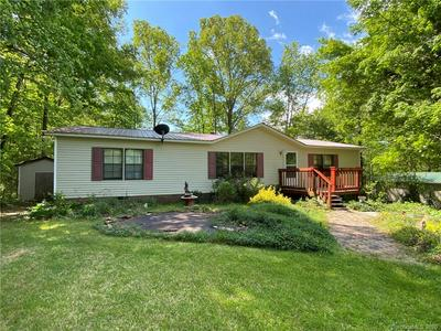 46 IDLEWOOD DR, Marion, NC 28752 - Photo 1