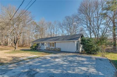 108 JOANNE LN, Hendersonville, NC 28792 - Photo 2