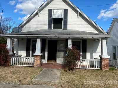 220 JOHNSON ST, Salisbury, NC 28144 - Photo 1
