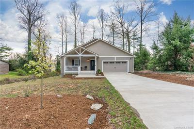 601 PINELAND RD # 17, Hendersonville, NC 28792 - Photo 1