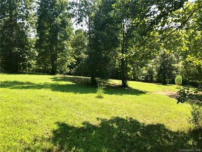 165 SANDSTONE DR, Union Mills, NC 28167 - Photo 2