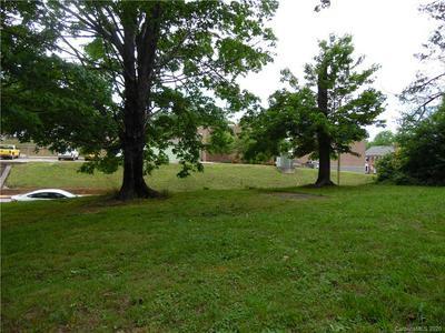 149 W COURT ST, Marion, NC 28752 - Photo 1
