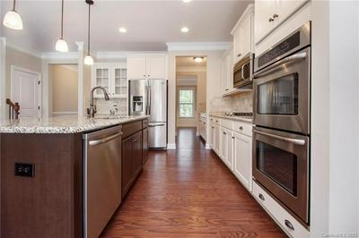 185 BLUEVIEW RD, Mooresville, NC 28117 - Photo 2
