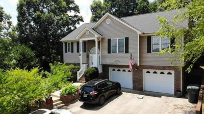 1736 9TH STREET PL SE, Hickory, NC 28602 - Photo 2