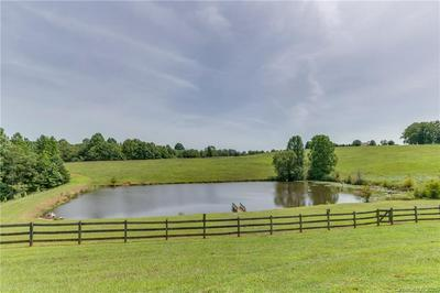 250 OLD MELVIN HILL RD, Campobello, SC 29322 - Photo 2