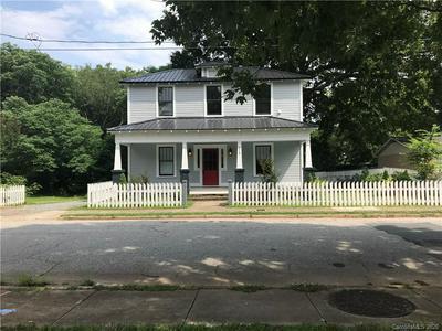 215 S SHAVER ST, Salisbury, NC 28144 - Photo 2