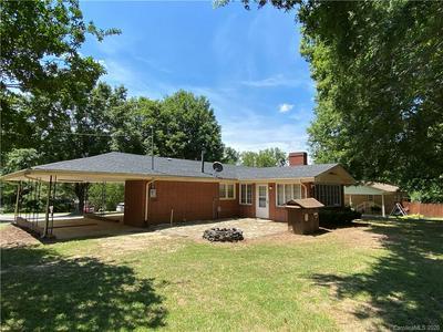 315 BROOKWOOD DR, Salisbury, NC 28146 - Photo 2