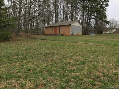 2555 BUFFALO FOREST RD, Lincolnton, NC 28092 - Photo 1