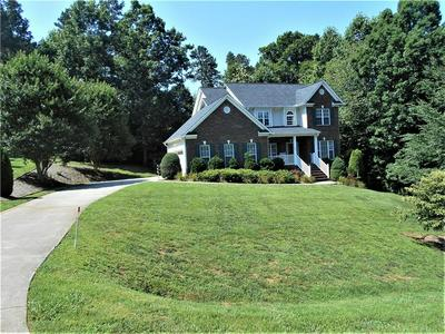 4986 TIMBER VALLEY LN, Hickory, NC 28602 - Photo 2