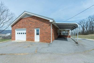 569 TERRELL COVE RD, CANTON, NC 28716 - Photo 2