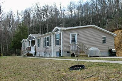 500 LOONEY POWELL RD, Rosman, NC 28772 - Photo 2