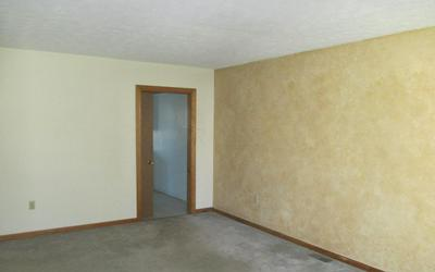 3274 KILWINNING PL, COLUMBUS, OH 43221 - Photo 2