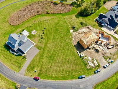 15335 SHORELINE DR, Thornville, OH 43076 - Photo 2