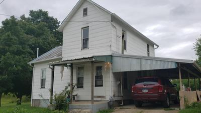 131 BLACKSNAKE RD, Utica, OH 43080 - Photo 1